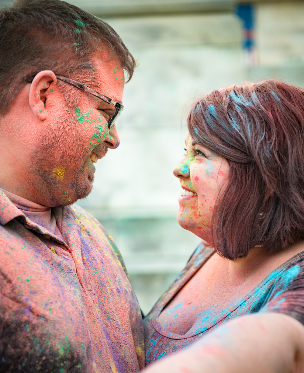 baltimore maryland engagement photos with holi powder paint