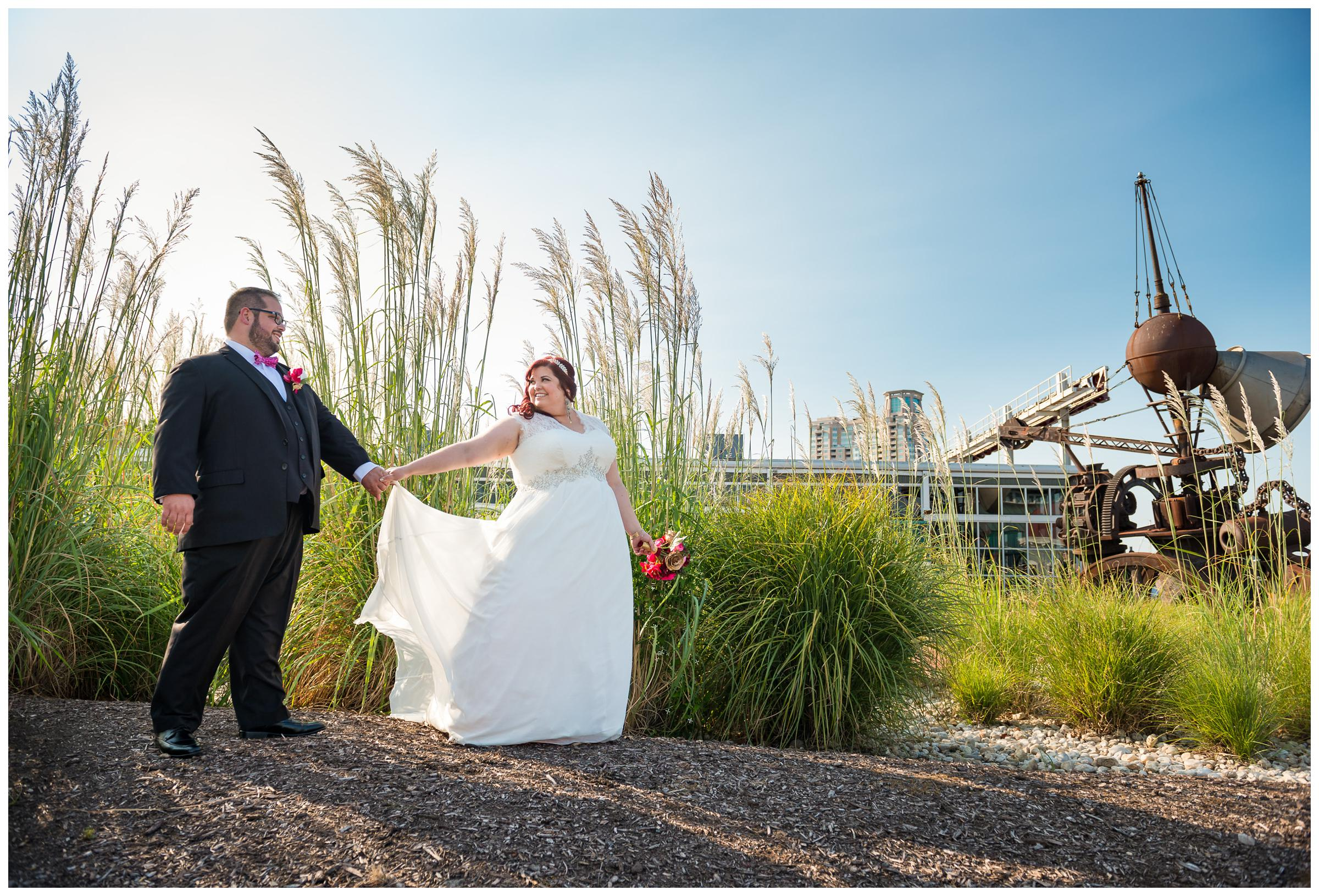 bride and groom at Baltimore Museum of Industry