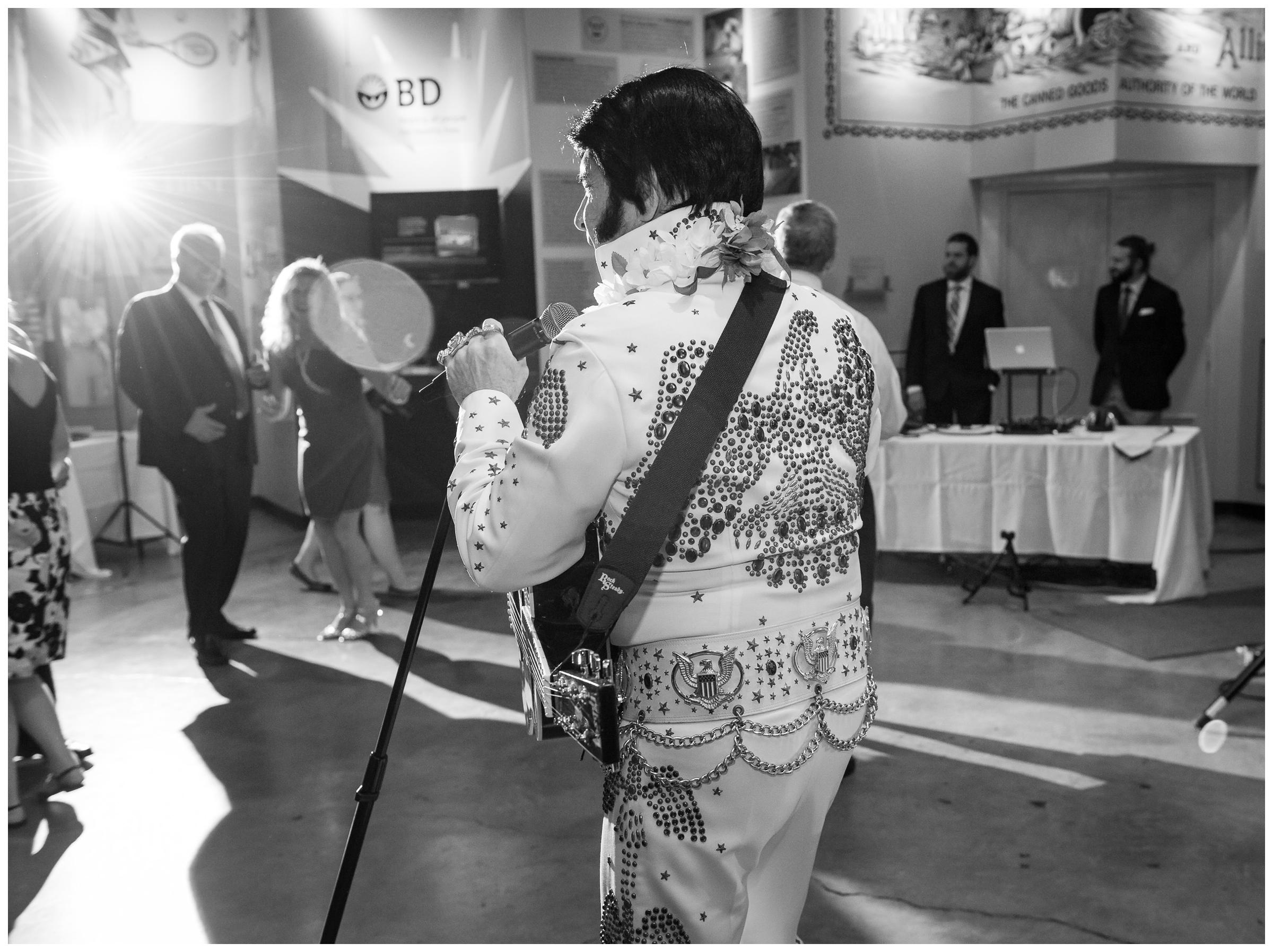 Elvis performs during wedding reception at Baltimore Museum of Industry