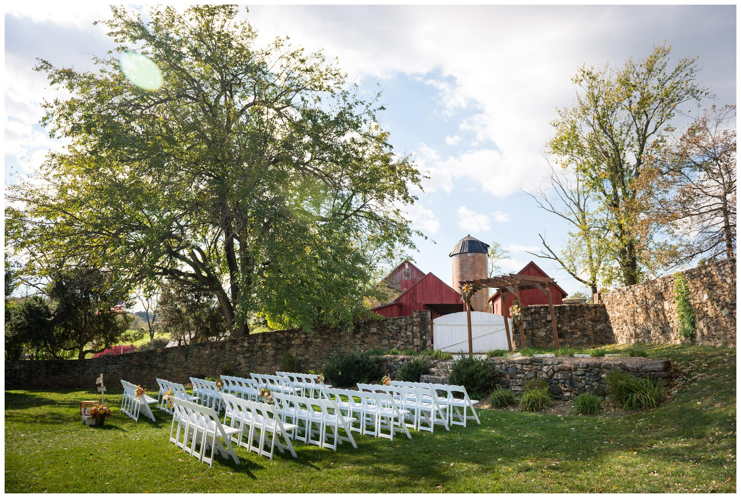 Rustic wedding ceremony at Stoneleigh Golf Club in Round Hill, Virginia.